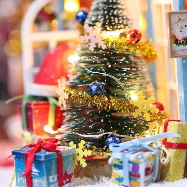 Christmas Snowy Night DIY Miniature House Kitbf9dc8f1c6f74d1787625b9877dc894c7