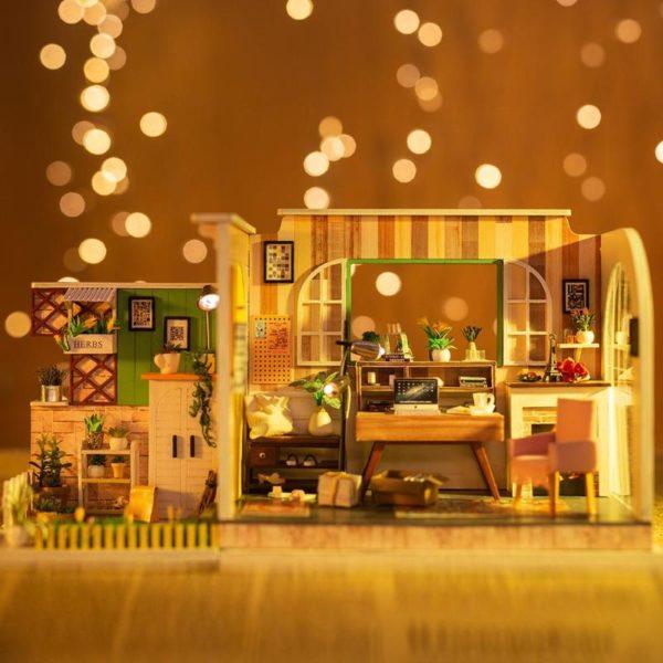 Gothenburg Studio DIY Miniature HouseLB1Gothenburg Studio DIY Miniature House88YKGothenburg Studio DIY Miniature HousevpK1RjSZFqq6AXUVXaN 600x600 1