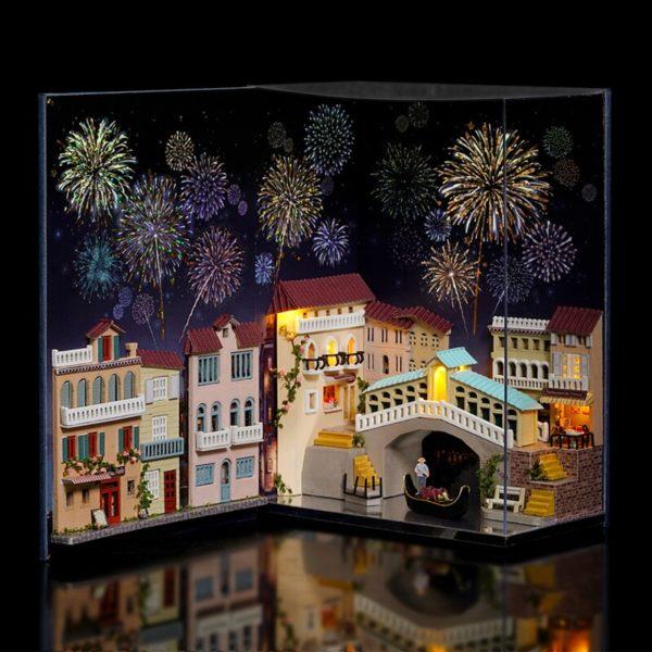 H2da07cd1dc83425fb47178bf105feb11t 1 600x600Journal of Venice Mini Book DIY Dollhouse