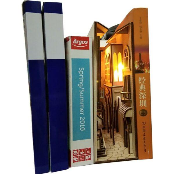 H34f81b3579fd45969be3112bc235867dFEuropean Town Miniature Book Nook