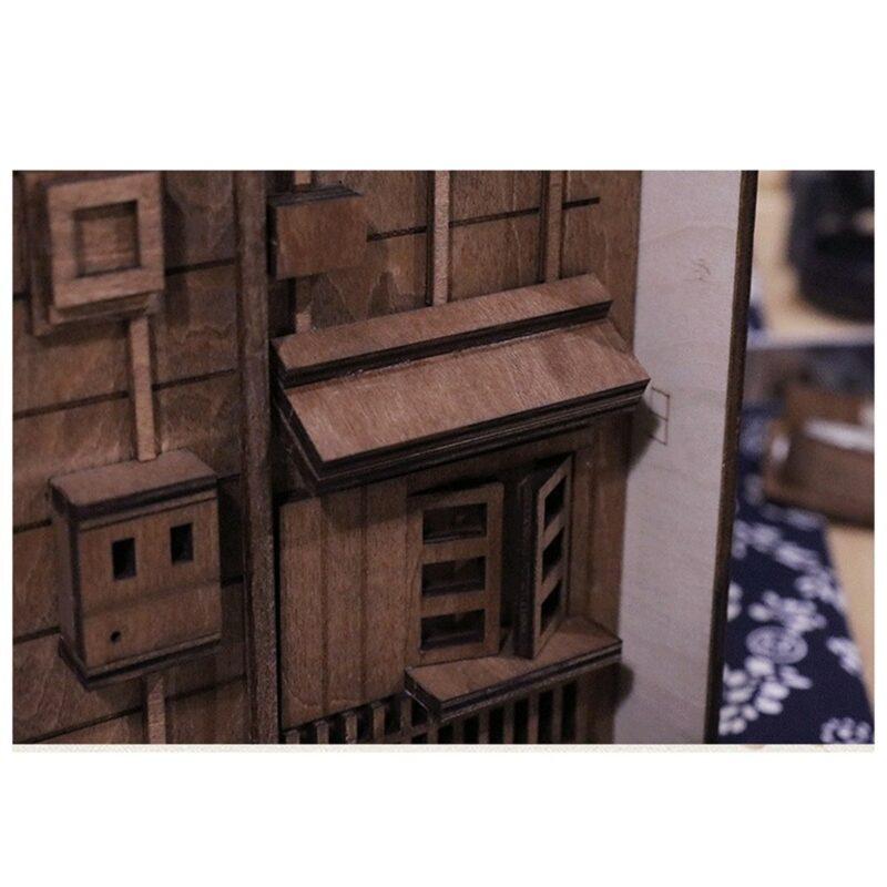 H405a23a0b0b245eebafb2d55d5bc9914dStreet Rear Lane Miniature Booknook