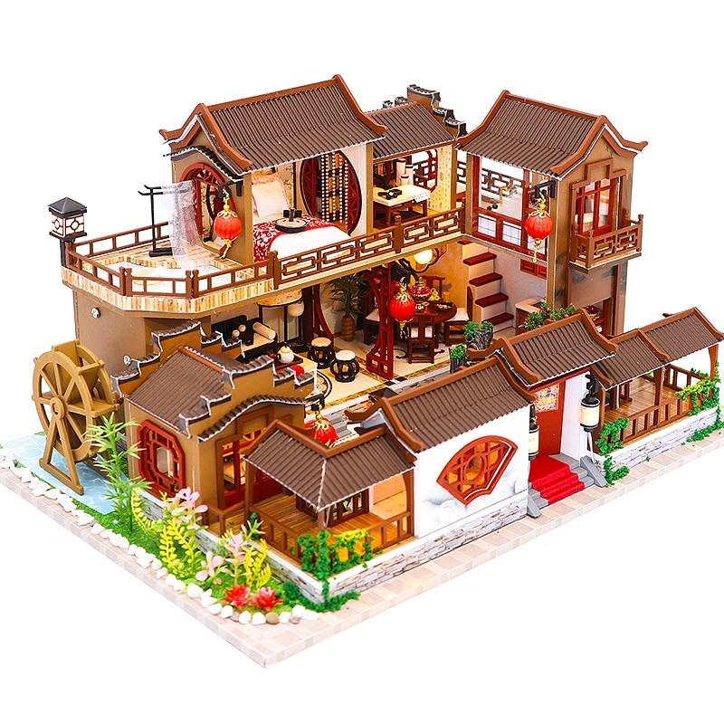 H4276e94c5bae4213a466a428a6f47684SA Splendid Family DIY Dollhouse