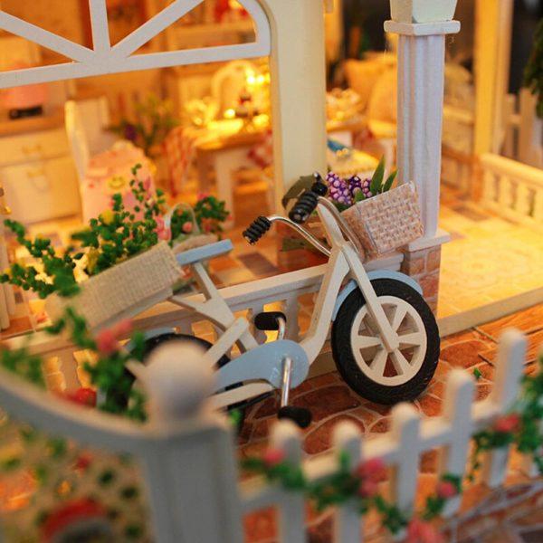 H76211ea57bd1437a9b1ac589ffae68d33 600x600Princess Villa DIY Miniature Dollhouse Kit
