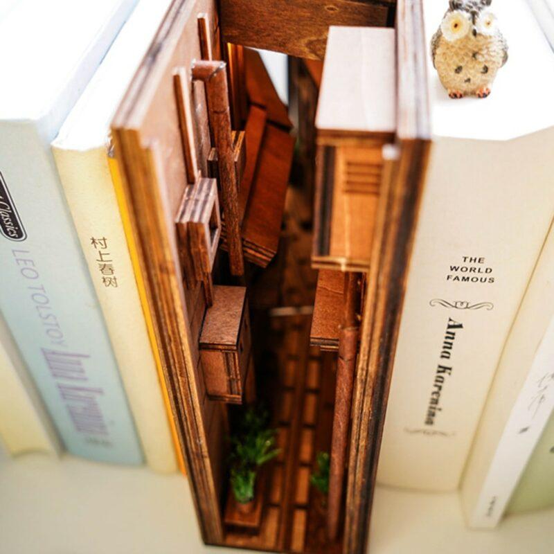 Hbb3b66fb759e40ddb31aab020b980bc0DStreet Rear Lane Miniature Booknook