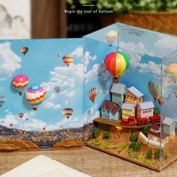 Hfe61e0ea9a5e475ab4375d34accc2bae0 600x600Hot Air Baloon Mini Book DIY Dollhouse