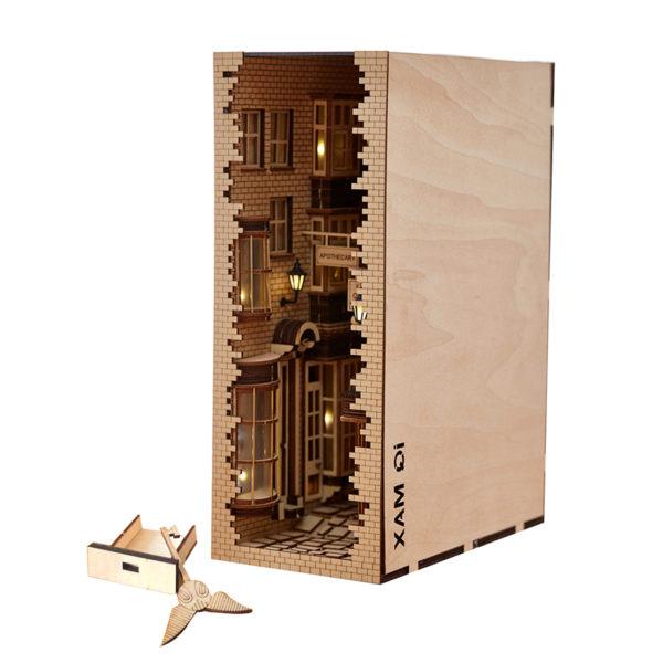 New London Lane Miniature Booknook Toolkitbe252f8a784e44c5b8a494e738e7e415t 600x600 1