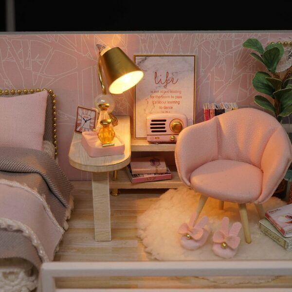 The Girlish Dream DIY Miniature Dollhouse Kit07d4f73464ab4726931c6ad393deb66by