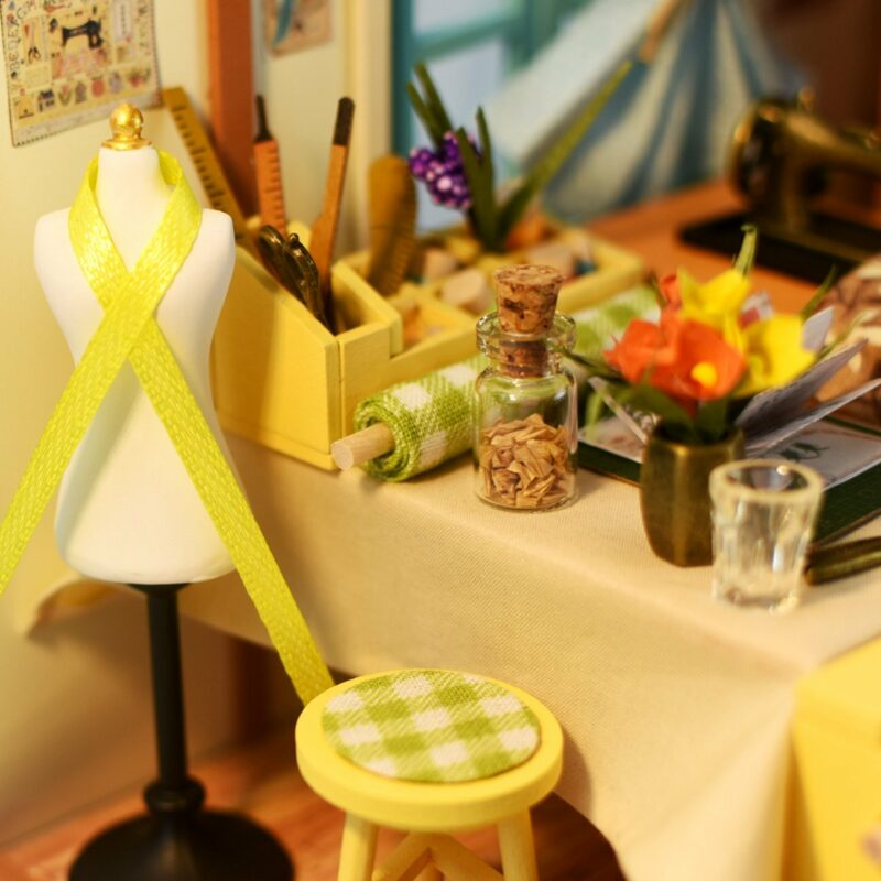 lisa s tailor robotime diy miniature dollhouse kit