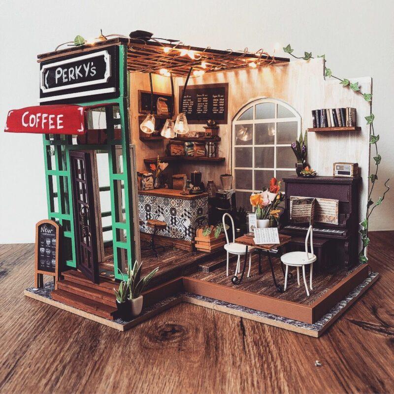 simon s coffee robotime diy miniature dollhouse kit 2